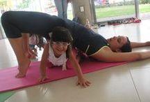 YOGA con NIÑOS y YOGA  con PADRES e HIJOS / Fotos, videos y cosas útiles para clases de yoga con pequeños y no tan pequeños.