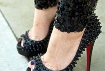 Shoes / by Alba Isernia