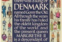 Royals in Denmark & Scandinavien / KONGEHUSETS HISTORIE Det danske monarki er blandt de ældste i verden. Kongehuset kan med sikkerhed føre sin historie tilbage til Gorm den Gamle (d. ca. 958). Kongedømmet var i ældre tid et valgkongedømme; men i praksis begrænsede valget sig normalt til ældste søn af den regerende monark. Til gengæld måtte kongen underskrive en håndfæstning, som regulerede magtforholdet mellem ham og undersåtterne.