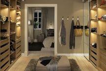 Decor: Walk-in Closet / A walk-in closet is every girl's dream