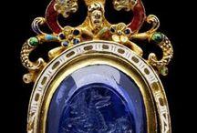 dawna biżuteria (Vintage Jewelery)