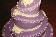 Shake and Bake / Hate cooking, love baking. / by Samantha Ledezma