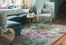 BLUEBELLGRAY / Bluebellgray -- Stoffe zum Wohlfühlen! Die Marke Bluebellgray weiß mit floralen Prints in Wasserfarben-Optik zu überzeugen. Ob Kissen, Vorhänge oder Bettwäsche: Bluebellgray ist ein blumiger Traum für alle Interior-Liebhaber.