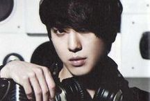 Jung Yong hwa < 3