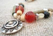 ♥ BIJOUX ROUGES / http://www.pinterest.com/webinternet/mes-creations-de-bijoux ❤️ naviginternet@orange.fr ❤️ MON BLOG : http://creatrice-bijoux.blogspot.fr