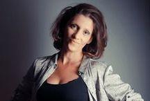 AMIE : ♥ Florence Albert Décoratrice d'intérieur Styliste / Florence Albert Décoratrice d'intérieur Styliste Créatrices d'espaces Home Chic Home Elagone  (( http://elagone.fr )) ( http://elagonedeco.blogspot.fr )  contact@elagone.fr  Bur. + 33 (0)1 34 18 51 65 Tél. + 33 (0)6.70.05.10.32