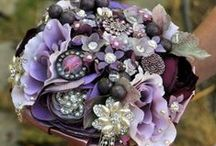 Brooch Bouquet Wedding ideas / A Floral Fantasy Wedding Brooch Bouquet must have. So you're fun and funky with a frivolous flair … artistic bouquets… not your ordinary bouquet…and you'll want your wedding accessories to reflect your personality.