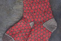 { A punto: Knit & Crochet } / Find knit and crochet patterns and inspiration. Inspiración y patrones de punto y ganchillo.