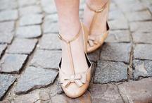 .pretty feet. / by Caroline Yoon