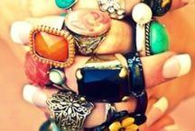 a c c e s s o r i z e / Shoes, bags, jewelry...you know, the good stuff!