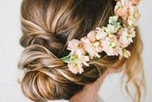 Bridesmaid Hair / The best bridesmaid hairstyle ideas to look amazing on the big day