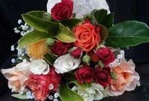 Valentine's Day flowers / Send your loved one flowers or gifts across Adelaide.
