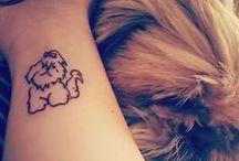 • Tatuagens