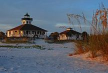 Lighthouses Favorites / Some of the most picturesque seaside settings in America