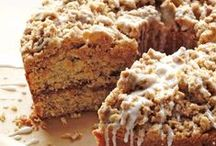 COFFEE CAKES / Awesome and ridiculously delicious coffee cake recipes. Enough said.
