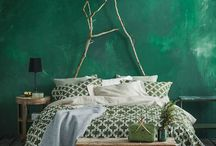 HOME COLOR Emerald green
