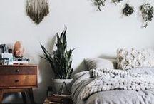 Bedroom / Inspirações de decoração de quartos simples e aconchegantes