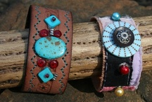 Beading and Jewelry Projects / by Teresia McArthur