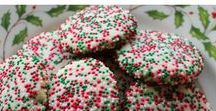 #ChristmasCookiesWeek / The official Pinterest board of #ChristmasCookiesWeek Sugar cookies, bar cookies, holiday cookies, Christmas cookies, cookie tray, dessert table, food gifts, cookie tins