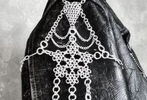 Fashion & Style: Chainmaille / The art of chainmaille; Inspiration and instruction.