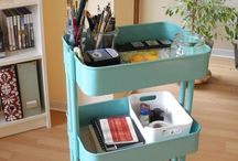 Künstlerbedarf | Aufbewahrung, Lagerung & Transport / Rund um die Aufbewahrung und Organisation von Pinseln, Farben und Papiere.  Aufgeräumte Arbeitsplätze, Studios und Skizzenbuch-Kits