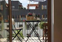 Small gardens and large balconies / pomysły jak w ogrodzie ukryć się przed słońcem i jak z balkonu zrobić ogród