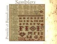 .....  Samplers . Marquoirs  ..... /  Grilles . Lettres à broder . abécédaire . sample . point de croix