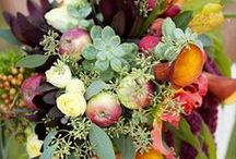 floral / Country wedding ideas for rustic flower bouquets and arrangements
