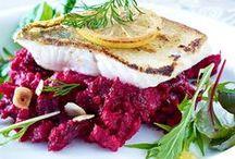 Fischgerichte / Jetzt mal Butter bei die Fische! Oder doch lieber Zitronensaft? Leckere Fischgerichte für den großen (oder kleinen) Fang.