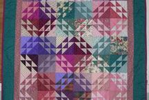 EQG Members' Quilts / Examples of quilts and fibre art by members of the Etobicoke Quilters' Guild. We meet at Neilson Park Creative Centre in Toronto. Guests and new members are always welcome.