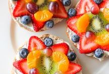 After School Snacks / Nutritious and fun after school snacks for kids! Healthy recipes, high protein to provide energy for children, appetizers to make with kids.