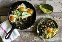 Breakfast & Brunch / From on-the-go weekday breakfasts to lazy weekend brunches, these recipes will ensure you kick-off your day with a healthy, happy body and mind...