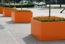 Innovative and Clean - Aluminium Planters and Pots / Our high quality aluminium planters are a stand out feature for any garden, they are very versatile and attractive. Available in a huge range of colours and sizes, as well as bespoke options. To see more visit www.thepotco.com