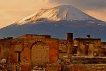 Pompeii / An ancient thriving Italian city destroyed by a volcano