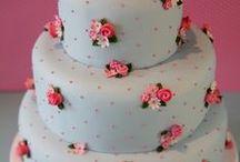 pink cakes sugar dreams