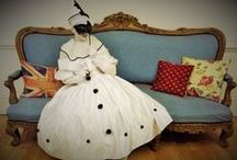 Lady Pierrot - living statue / Joyful and delicate, Lady Pierrot touches the hearts of the public with her glamour, dance and subtle stillness.