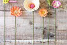 The Handmade Florist / Handmade felt flowers, gifts, patterns and craft kits.
