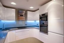 Luxury flat in Covent Garden / Battersea Builders carried out a full refurbishment of this 3 bedroom flat in Covent Garden. This work included new electrics, new plumbing, structural work, secondary glazing, 2 bathrooms, a new kitchen, new flooring, painting and decorating