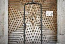 - DOORS -