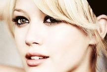 •• Hilary Love ••