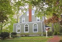 James Hardie's Dutch Colonial Style Homes / Dutch Colonial style homes featuring James Hardie products http://www.jameshardie.com/homeowner/colorplus-palette.shtml