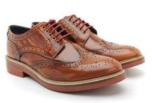 How To Style... Tan Brogues / Base London shows you how to dress with men's brogues.