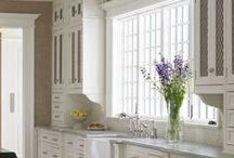 Kitchens & Breakfast Areas
