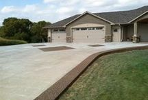 concretedrivewaysperth.com / Do you have any questions about getting your driveway done?     - How much will it cost?     - What materials should I use?     - What pattern or colour?  We would be happy to help - concretedrivewaysperth.com