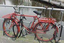 Rowerzyści i ich rowery /cyclists & their bikes/