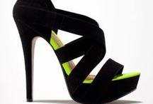 I Love Heels / Tacones De Toda Clase
