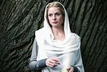 The White Queen / ~ British tv drama series from 2013 set in Late Mediaeval Period in England during the War of the Roses ~