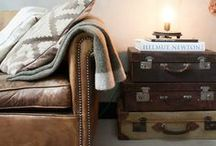 Vintage Valizler / Vintage valizler evinizin dekorasyonu için raftan komodine, orta sehpasından makyaj masasına kadar türlü türlü kılığa girmişler.