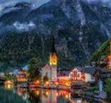 Avusturya'nın Rüya Köyü Hallstatt / Son zamanlarda ismini sık sık duyar olduğumuz Hallstatt, UNESCO'nun Dünya Mirası olarak nitelendirip koruma altına aldığı, inanılmaz güzellikte ufacık bir Avusturya köyü. Göl kenarında, Alp Dağlarının eteğinde yer alıyor ve son derece sevimli, tarihi bir mimarisi var...