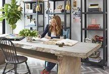Göz Alıcı Ev Ofisler / Ev ofisler tasarlanırken nelere dikkat etmek gerekir, rahat ve sıcak olduğu kadar sizi çalışmaya da teşvik eden ortamlar nasıl yaratılır birbirinden güzel örnekler eşliğinde gelin beraber göz atalım...
